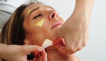 Trattamento viso all'oro