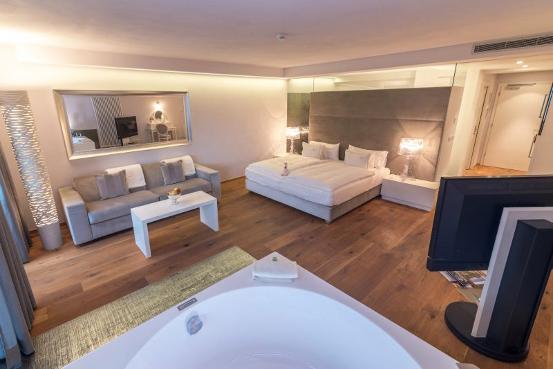 - SPA-suite met whirlpool