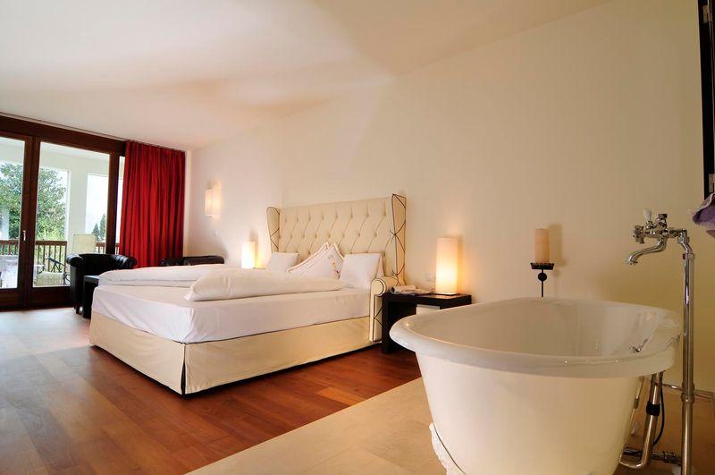 - Romantische Garten-Suite