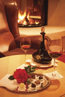 Enjoy a relaxed and easy-going Wellness & Spa Holiday – in which not only your senses, but also your taste buds are indulged in luxury! Do you love South Tyrol's wines, and do you want to be pampered and indulged? Then the Alpenpalace Wine & Wellness Week is the right holiday for you!