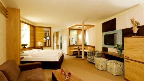 Alpine Suite (2-7 Guests)