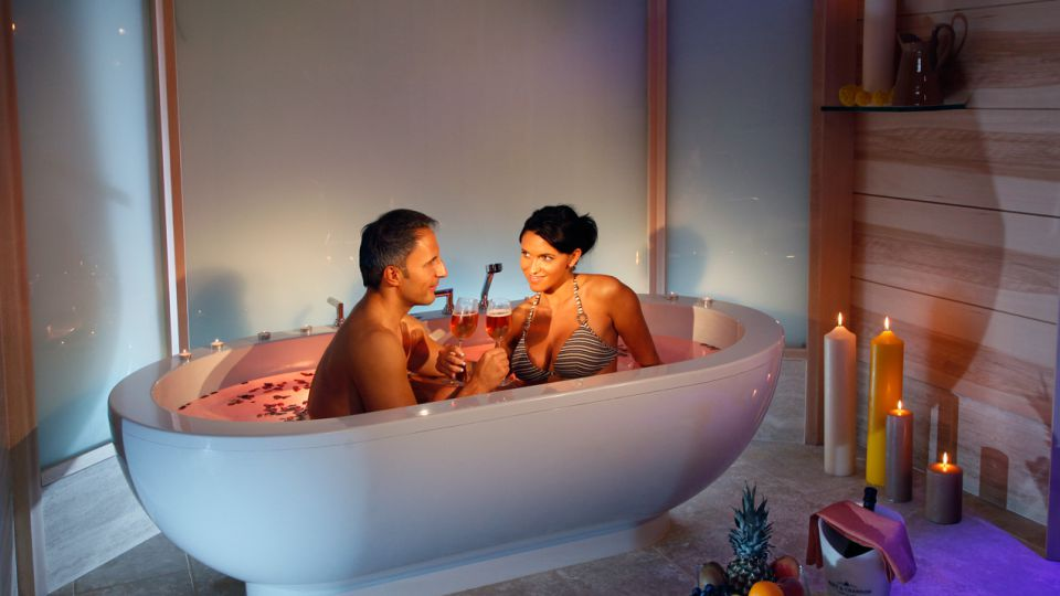 SPA SUITE FOR THE COUPLE