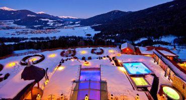 Weiße Wochen mit Skipass und Leihskiern im Jänner und März