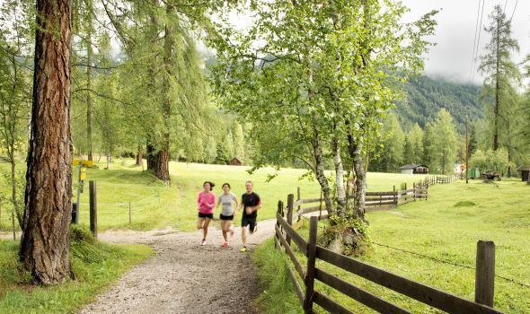 NEU! Laufen und Ansura-Yoga mit Julia Böttger