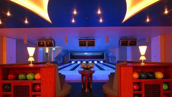 Bowling im Ralf Schumacher Kart & Bowl Bispingen